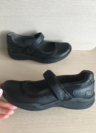 Спортивные туфли clarks р-38