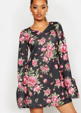 Boohoo. стильное платье uk 10. новoе.