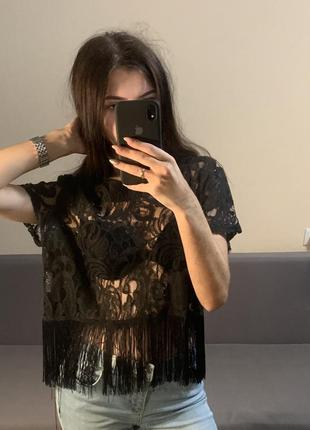 Boohoo кружевная футболка с бахромой