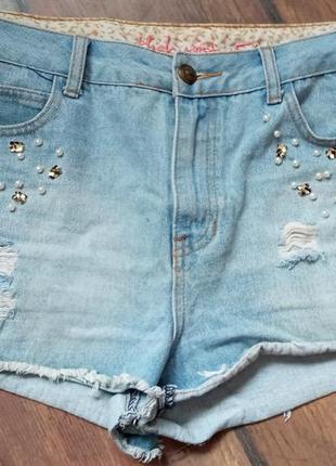 Шорты рваные джинсовые мом
