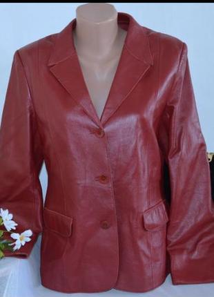 Брендовый пиджак с карманами summit кожа