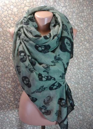 Палантин-шарф (принт черепа)
