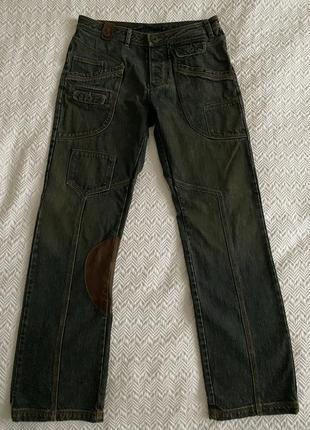 Джинсы gaetanonavarra тёмно-синиe с коричневыми кожаными вставками