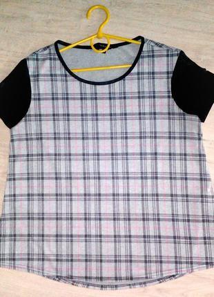 Базовая модная футболка в клетчатый принт