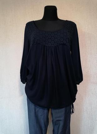 Красивая лёгкая блузка на шнурке снизу