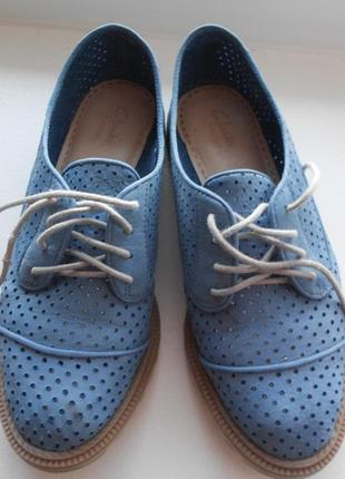 Стильные туфли мокасины clarks