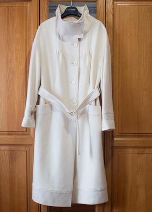 Пальто белое бежевое арбер