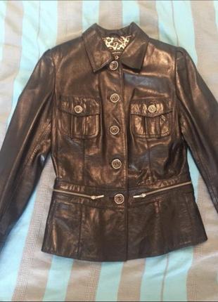 Кожаная куртка (размер м)