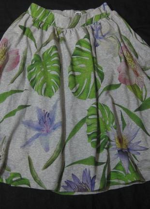 Юбка миди mtwtfss weekday серая цветочный принт разноцветная клёш солнце коттон