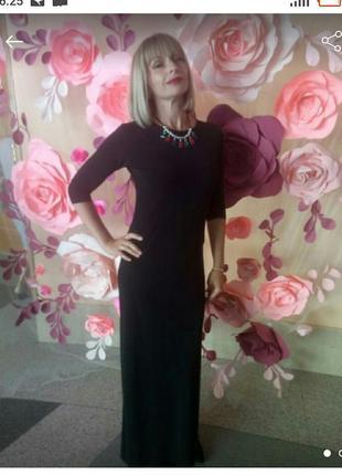 Красивое итальянское платье,украшение в подарок
