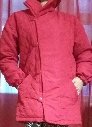 Куртка женская на синтепоне красная стеганая
