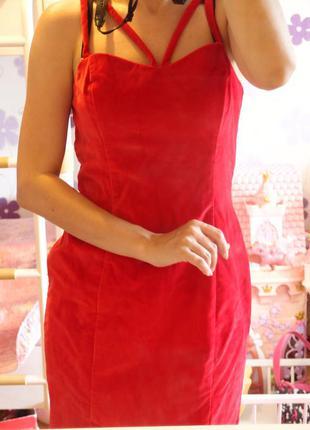 Новое брендовое красное бархатное нарядное платье guess р m-l