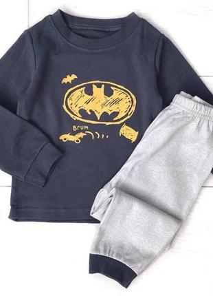 Пижама бэтмен
