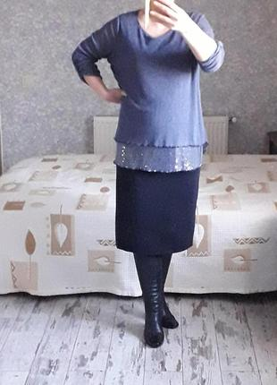 Тонкий трикотажный свитер