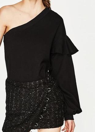 Стильный ассиметричный свитер свитшот кофта на одне плече