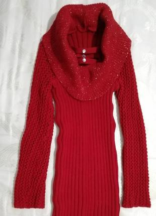 Зимнее вязаное платье миди