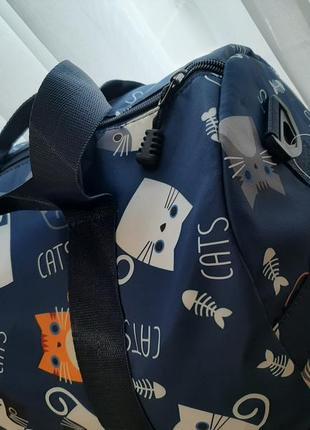 Модная дорожная сумка с котиками3 фото
