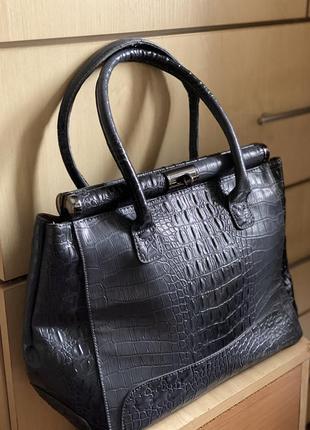 Шикарная сумка италия