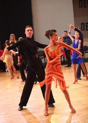 Платье для бальних танцев, латина