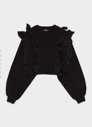 Шикарный новый чёрный свитшет с рюшами 💔2 фото