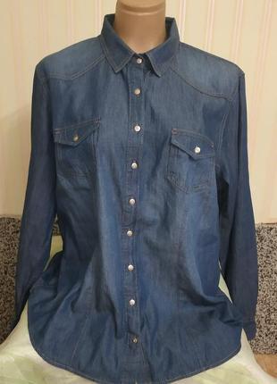 Женская фирменная джинсовая рубашка батал
