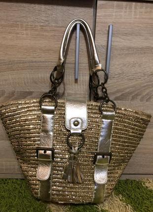 Красива сумка корзина плетена з соломи вся в паєтках