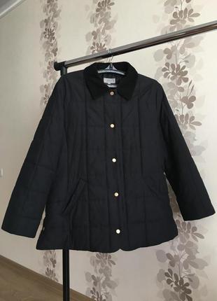 Стёганная куртка темно синего цвета