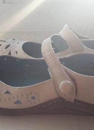 Кожаные туфли/балетки/мокасины/слипоны на гибкой подошве бренда hush puppies.