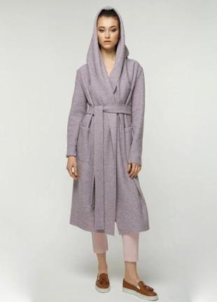 Шерстяное лиловое пальто кардиган на запах дизайнерское с капюшоном
