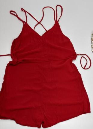 Комбінезон червоний з шортими  розмір 38 (е182)