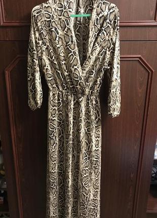 Вечернее платье в леопардовый принт