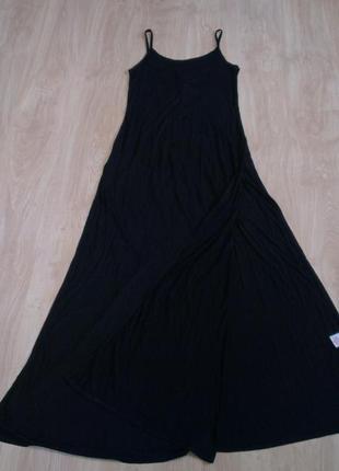 Платье интересная спина
