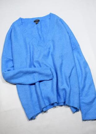 Ніжний небесно-блакитний джемпер оверсайз