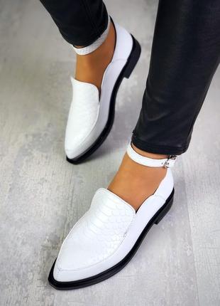 Рр 36-40 натуральная кожа стильные туфли в принт со скошенным передом