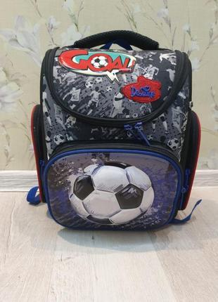 Школьный рюкзак с ортопедической спинкой!!