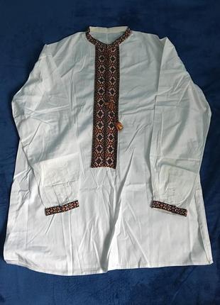 Белая винтажная вышитая рубашка вышиванка