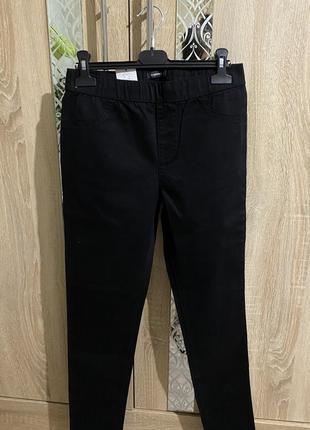 Базовые черные джегеннсы, повседневные черные штаны,актуальные черные джегенсы м,л,хл.6 фото