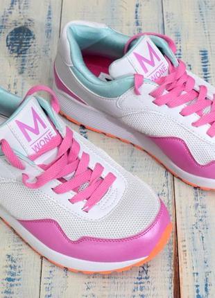 Фирменные кроссовки m wone