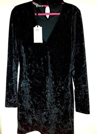 Платье новое бархатное parisian collection