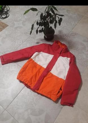 Спортивная лыжная куртка на девочку xs/s