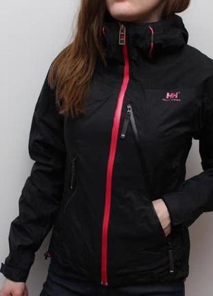Крутая оригинальная мембранная куртка helly hansen