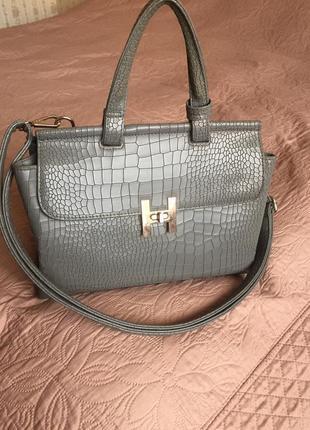 Женская сумочка рептилия