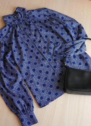 Винтажная блуза в горох синяя блузка горошек стойка воротник объемные рукава