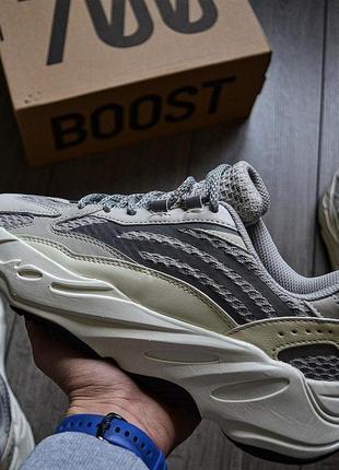 Adidas yeezy boost 700 v2 static шикарные мужские кроссовки адидас2 фото