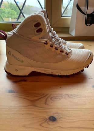 Ботинки reebok 38,5 размер