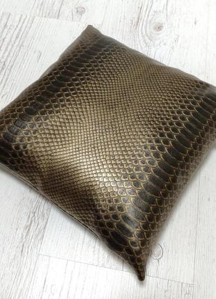Подушечка бронзовый питон