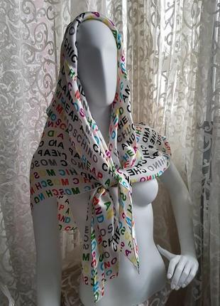 Шикарный большой платок палантин натуральный шелк белый с яркими буквами в стиле  moschino