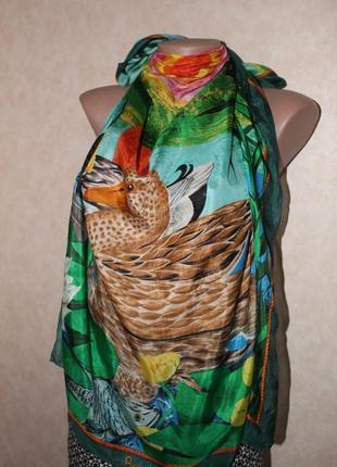 Шикарный платок. колекционный, с картиной. уценка