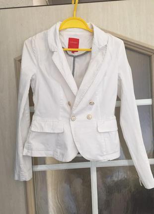 Белый пиджак ostin