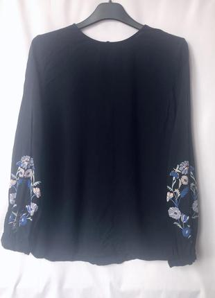 Блузка-вышиванка
